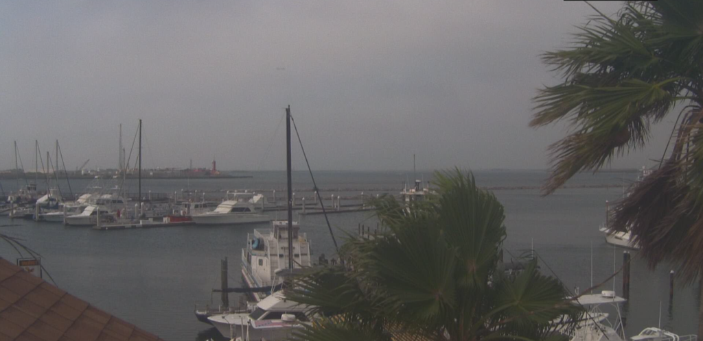 Harbor webcam at Woody's Sports Center in Port Aransas | www.portaransastex.com