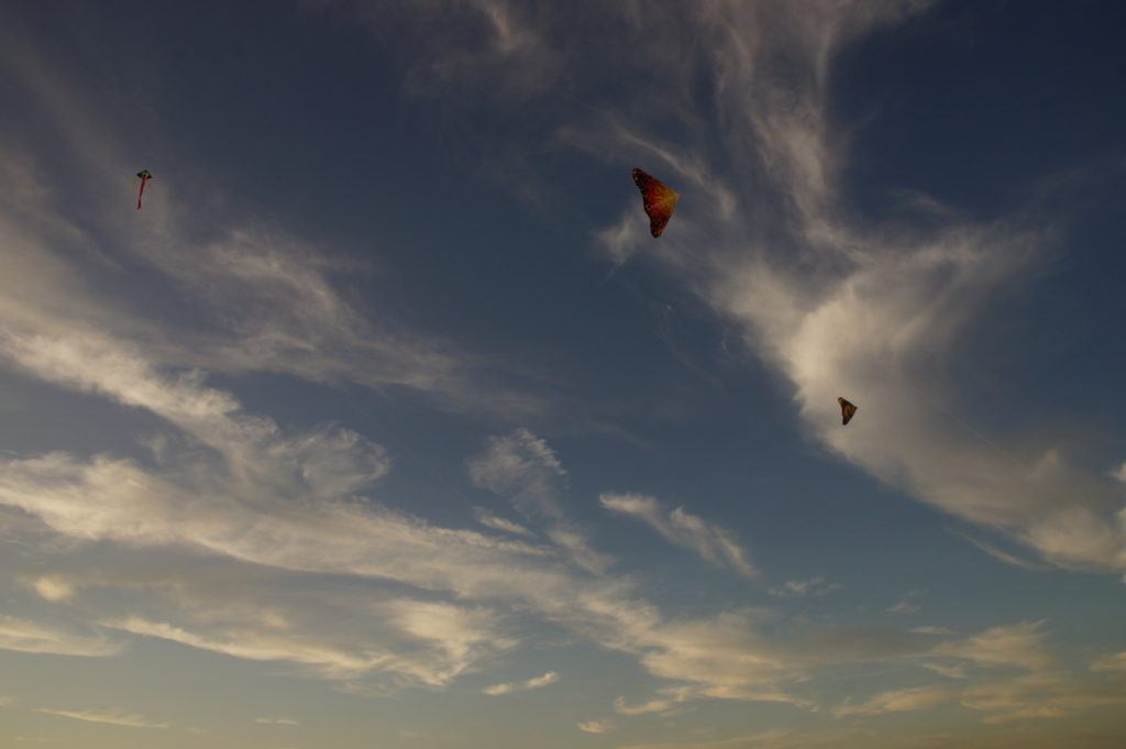 Flying kites in Port Aransas | www.portaransastex.com