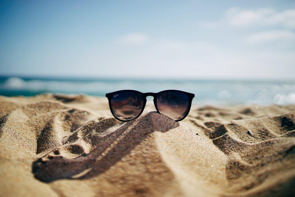 Sunglasses on the beach | www.portaransastex.com