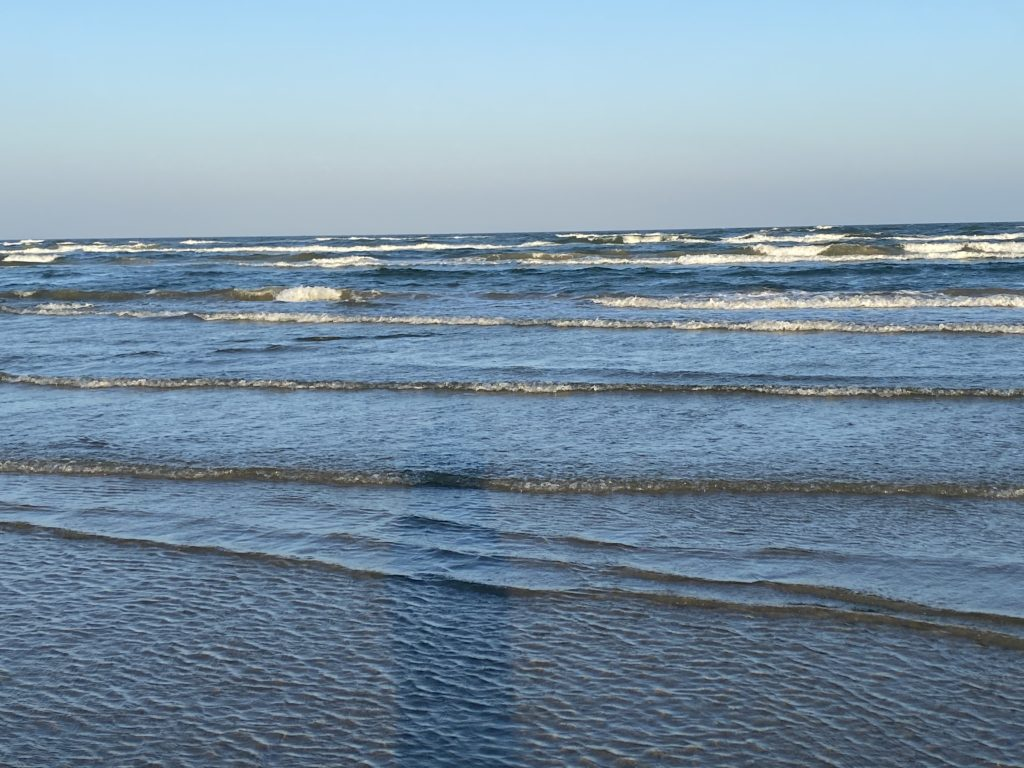 Beach in Port Aransas | www.portaransasrex.com