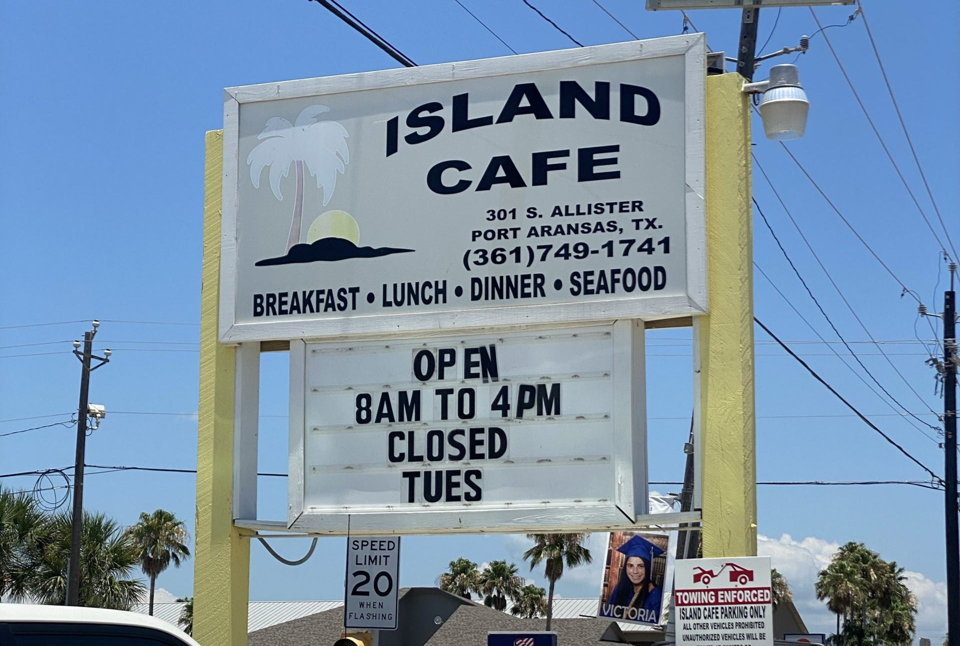 Island Cafe in Port Aransas TX | www.portaransastex.com